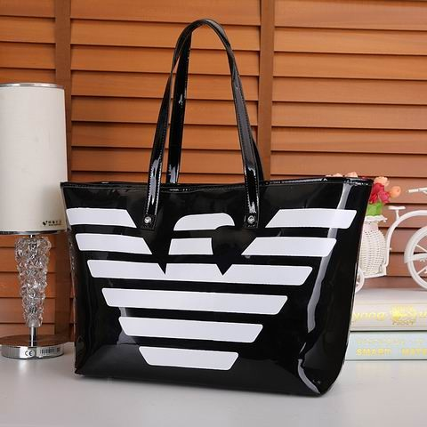 sac armani femme blanc la plus grande marque de sac a main. Black Bedroom Furniture Sets. Home Design Ideas